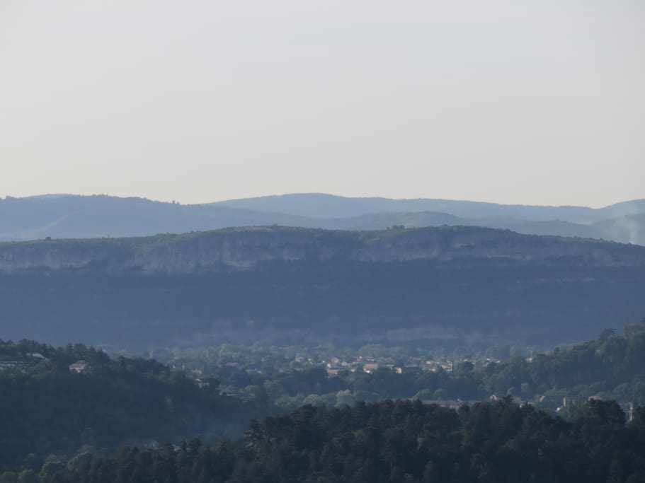 Vue depuis le Jardin sur la Vallée de l'Ardèche