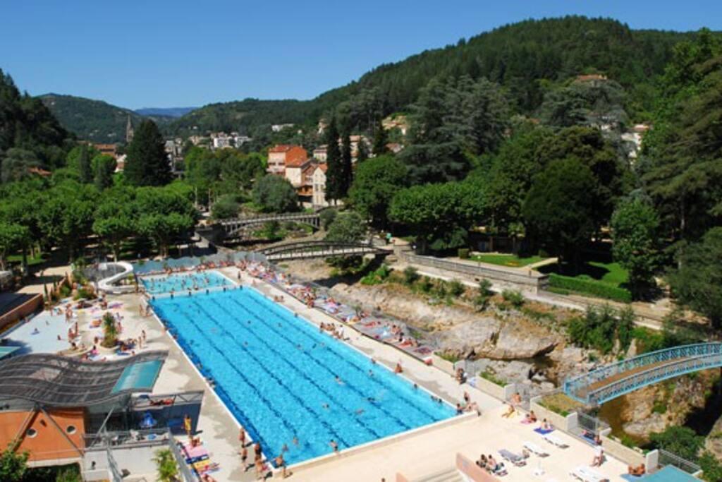 Complexe aquatique municipal de Vals Les Bains (toboggan + piscine Olympique)