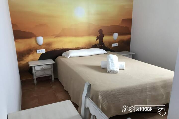 Alquimia Hotel Albergue Cadiz - Standard Single. Private bathroom - Non-refundable