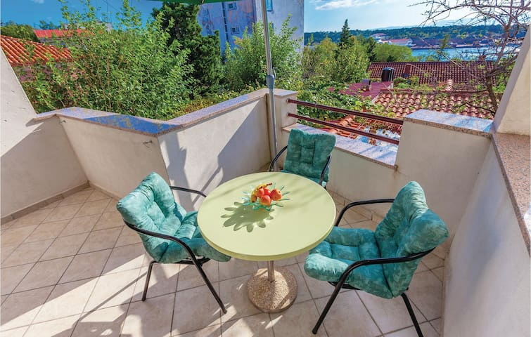 Holiday apartment with 2 bedrooms on 58 m² CKC698