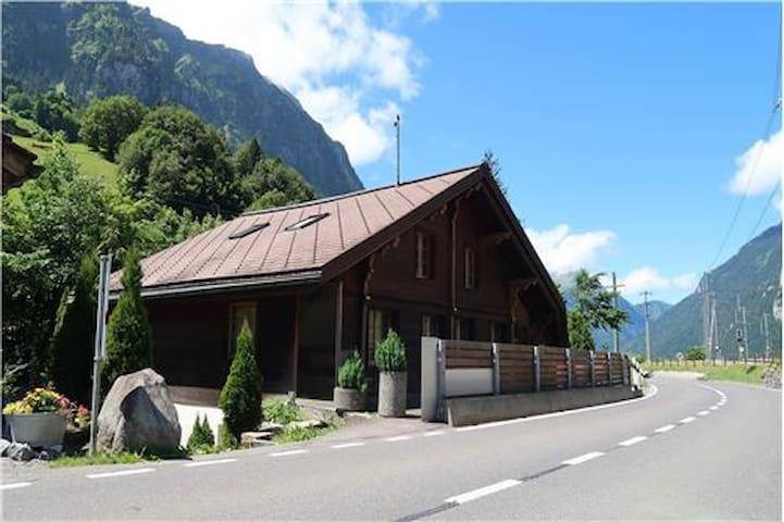 Grindelwald, Burglauenen Interlaken