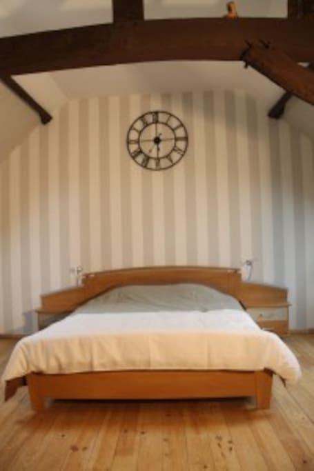 Chambres du clocher de pierre chambres d 39 h tes louer - Chambre des notaires du pas de calais ...