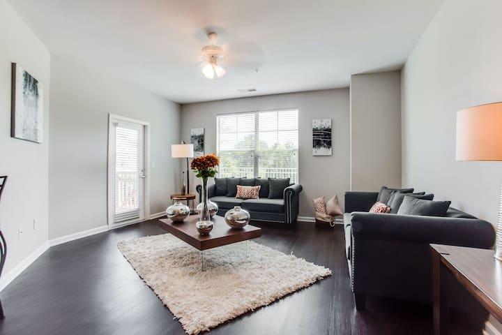 Kasa   Charlotte   Dreamy 2BD/2BA Mallard Creek Apartments