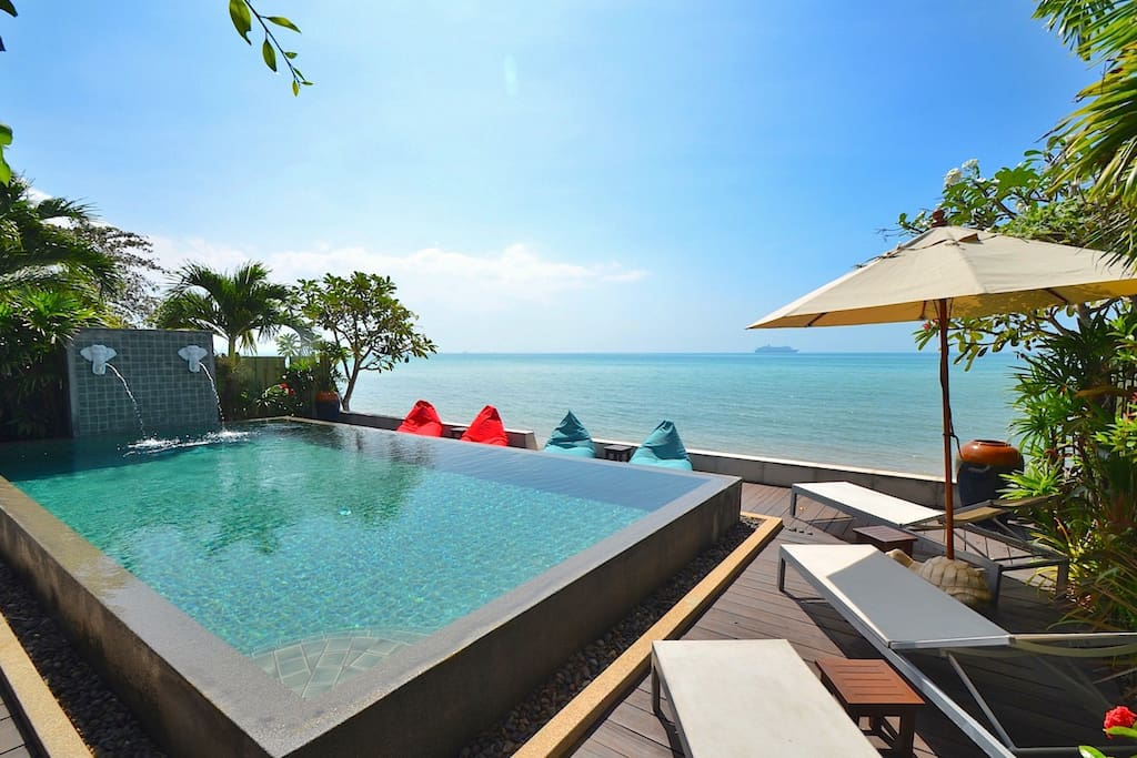 private beach front 3br villa large infinity pool. Black Bedroom Furniture Sets. Home Design Ideas