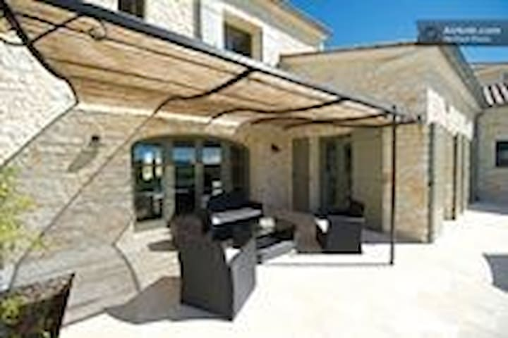 This could be your terrace /villa ! - Garrigues-Sainte-Eulalie - วิลล่า