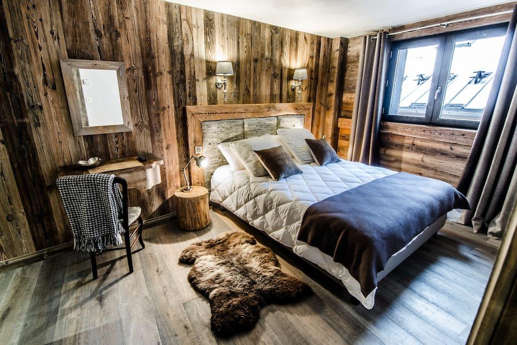 chambre double jean blanc chambres d 39 h tes louer saint bon tarentaise rh ne alpes france. Black Bedroom Furniture Sets. Home Design Ideas