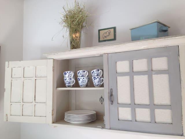 Basnæsgård - 3 dejlige værelser! - Stege - Bed & Breakfast