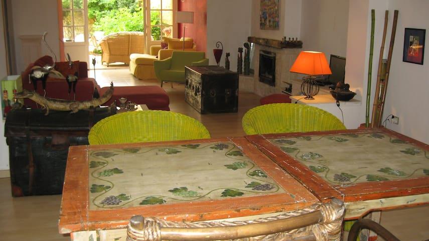 Maison pierre de Périgord jardin - Mussidan - Bed & Breakfast