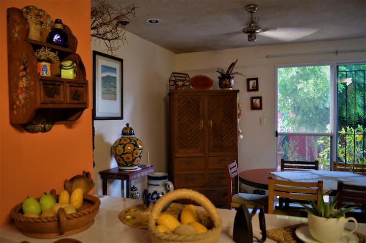 Habitación en Casa Girasol
