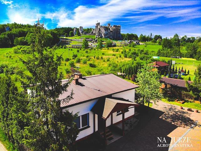Apartamenty z widokiem na Zamek Ogrodzieniec 1