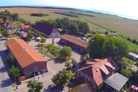 Ferienwohnung auf dem Rügenhof - Apartment