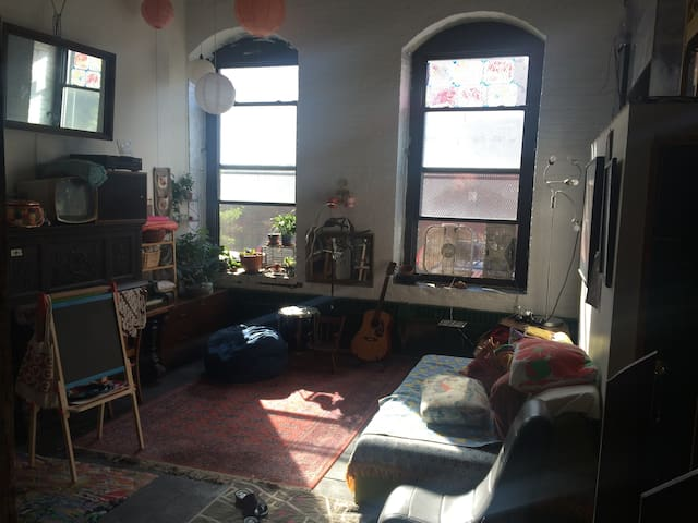 Private bedroom in Red Hook loft - Brooklyn - Loft
