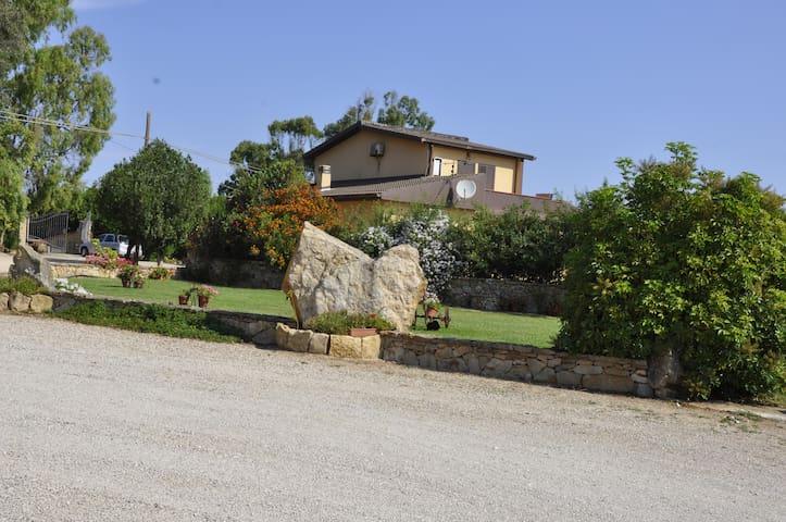 vacanze: sole,mare,terra e profumi - Provincia Sassari - Bed & Breakfast