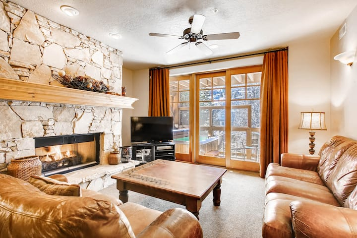 Total Luxury One Block From Main Street - TPB203