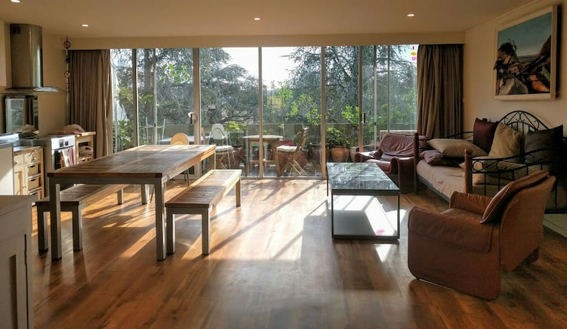 Location, comfort and space - Griffith - Appartement