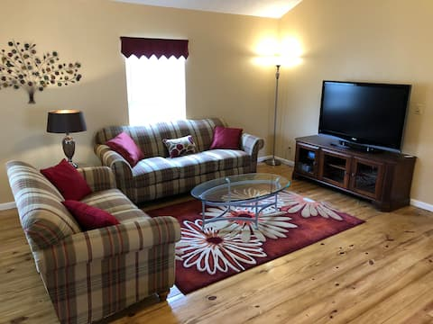 The Loft House - 3 Bedrooms - Bloomington, Indiana