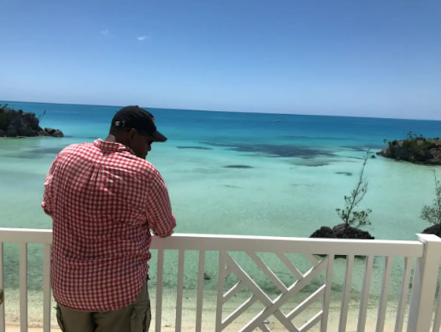 Views from the master bed room (the dark spots in the ocean is sea weed)