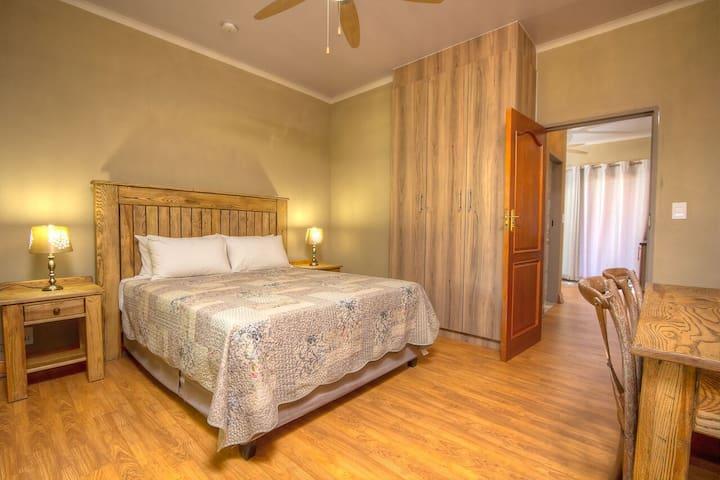 Simplistic Luxury - Pretoria - Byt se službami (podobně jako v hotelu)