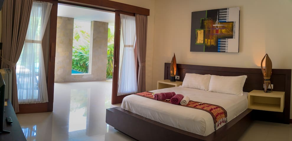 Villa R Sanur - 2 rooms
