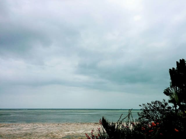 Simple Cottage Getaway off Shelly Beach - Mombasa - Huis
