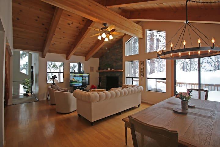 Lake Tahoe King Suite - Incline Village