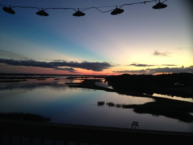 Topsail Island waterfront sanctuary - Surf City - House