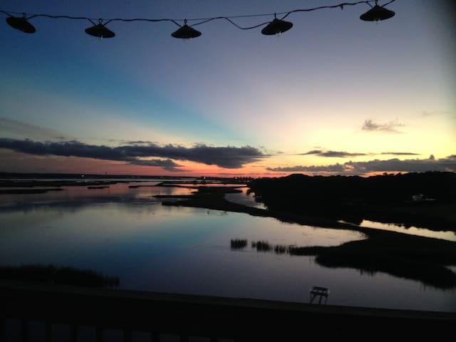 Topsail Island waterfront sanctuary - Surf City - Casa