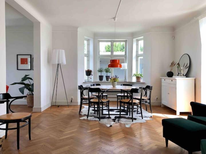 Nyrenoverad villa nära havet / Close to sea, Malmö