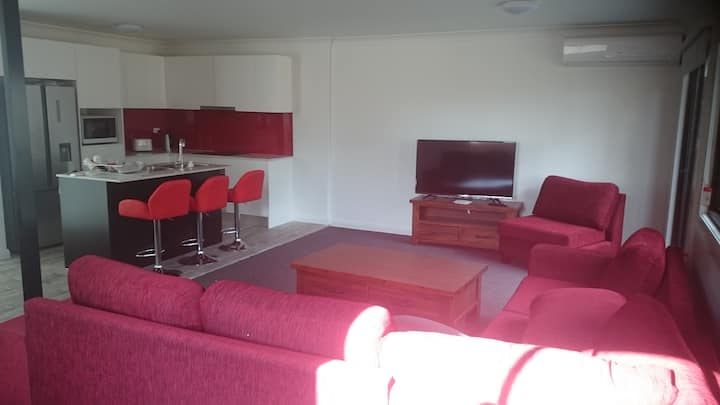 Brand New 3 Bedroom Townhouse Accommodation