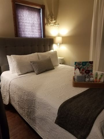 10 Mins To Ames, Private 1 BR/1 BA, Hulu,Wifi