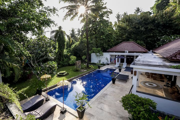 Explore Paradise in Lombok Private Villa with Pool