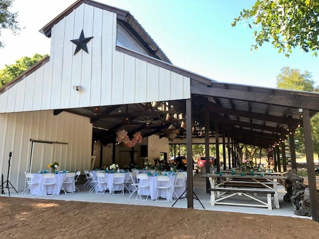 ★ Amazing BARN Venue + Ranch Property, Sleeps 24 ★