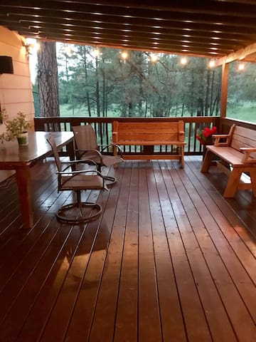 Deck in back