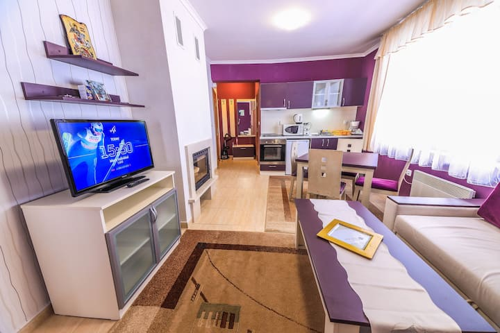 Grand Monastery Violet Apartment With One Bedroom