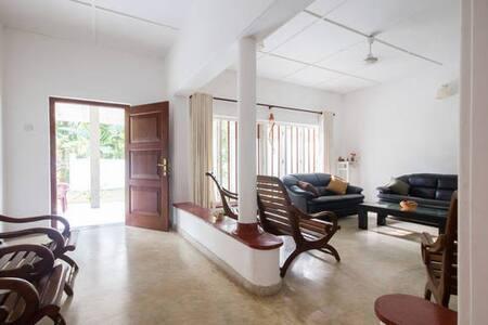 3BR fully furnished Beautiful Villa for long lease - Hikkaduwa