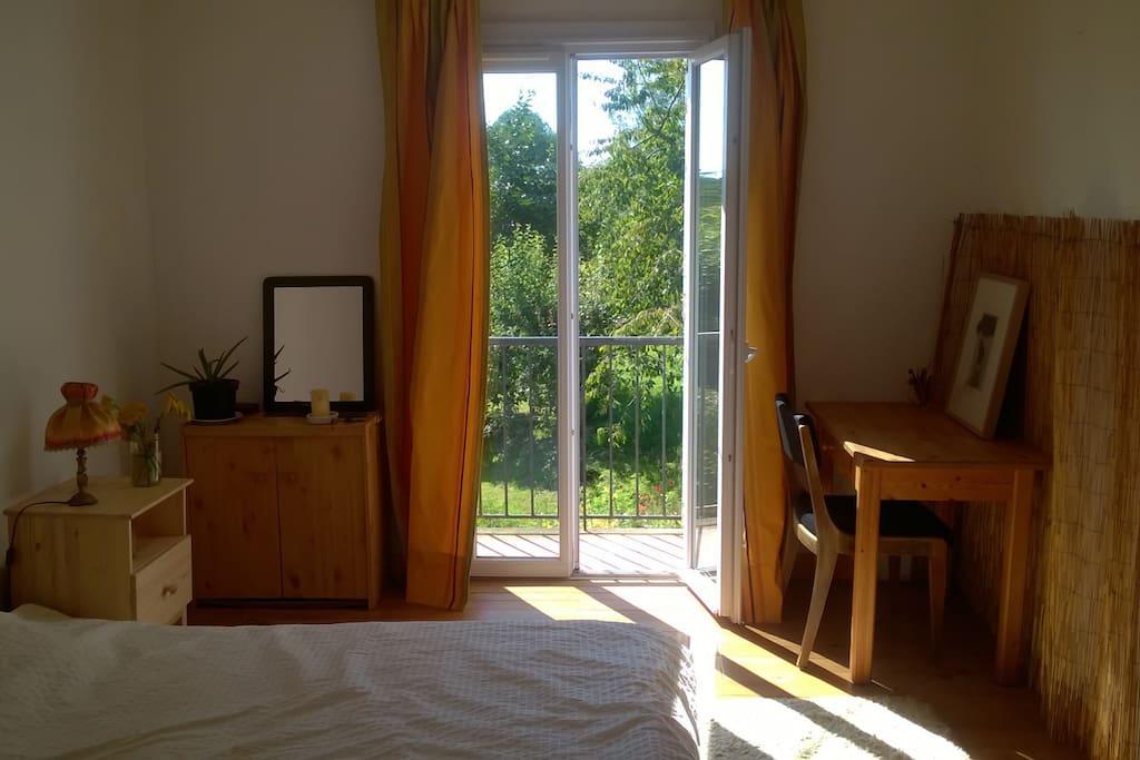 deux chambres dans maison en pleine nature maisons louer lahit re languedoc roussillon. Black Bedroom Furniture Sets. Home Design Ideas