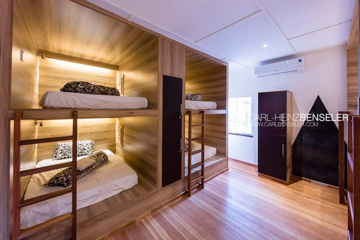 Double Bed Cabin In Mixed Dormitory Room