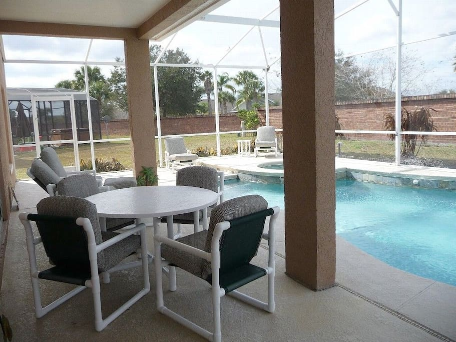 Enjoy the heated pool & hot tub