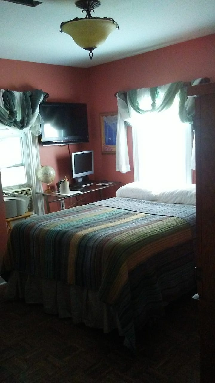 Room 2-45 minutes from NYC