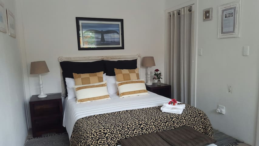 O So Kozi - South Cape DC - Bed & Breakfast