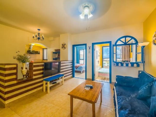 大东海金茂海景花园索马里主题套房2室1厅