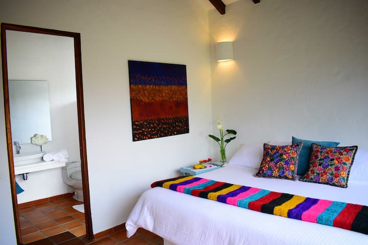 Luxury Room - Mountain View Pangote / Casa Granada