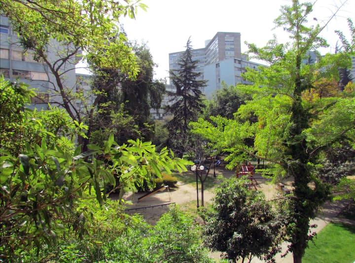 Amplia Habitación privada-Metro Pedro de Valdivia