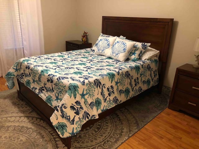 2 Bed 2 Bath Townhome Close to Pensacola Beach
