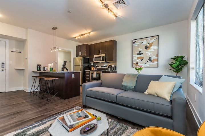Kasa | Norristown | Luxurious 1BD/1BA Apartment