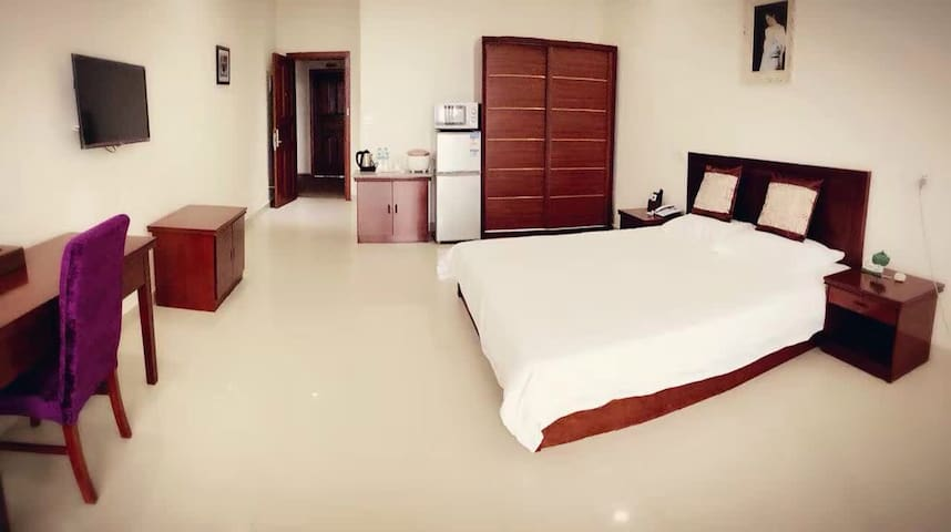 Seafly Green - King Size Bed Room-2 - Honiara - Pis