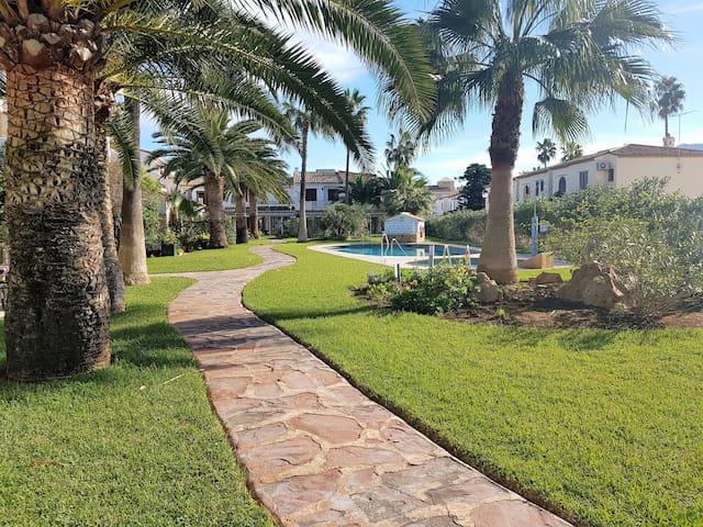 Casa en la playa, Urbanización El Poblet, Denia - Denia - Rumah