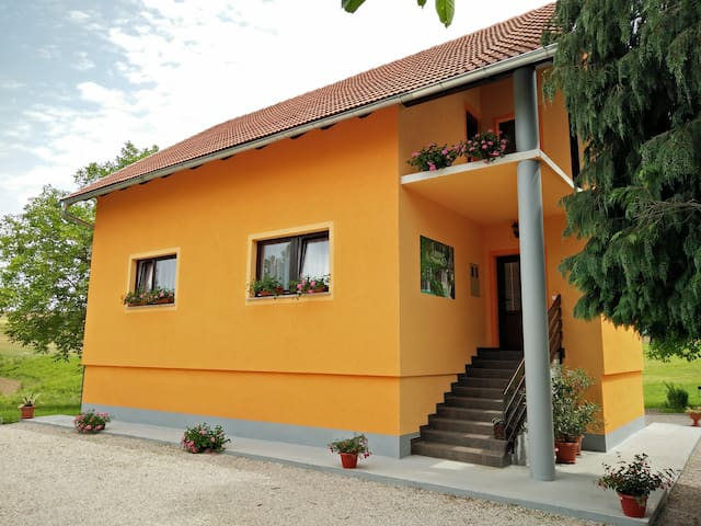 House Betty - Grabovac - Lägenhet