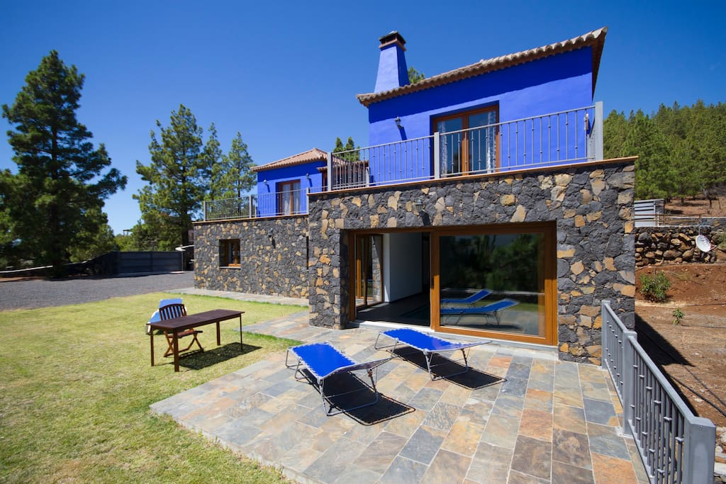 La hilera piscina climatizada vistas increibles villas for Piscina santa cruz de tenerife