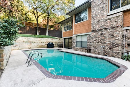Arlington Home with Pool in Entertainment District